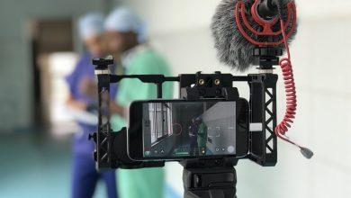 Photo of كيف تحول هاتفك المحمول إلى كاميرا سينمائية لصناعة الأفلام؟!