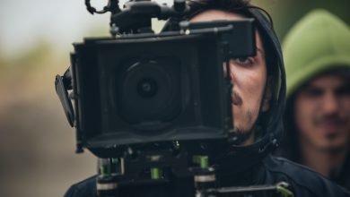 Photo of ماهو تصوير بي رول B-Roll في السينما وكيف يمكنك توظيفه بشكل احترافي في أفلامك؟